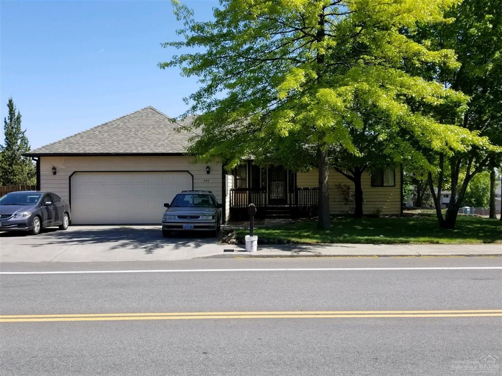 Photo for 940 NE Purcell Boulevard, Bend, OR 97701 (MLS # 201902692)