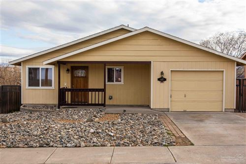 Photo of 465 SW 1st Street, Madras, OR 97741 (MLS # 201910696)