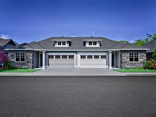Photo of 2724 NW Fairway Heights Drive NW, Bend, OR 97703 (MLS # 220100703)