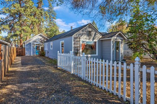 Photo of 152 SE Heyburn Street, Bend, OR 97702 (MLS # 220110707)