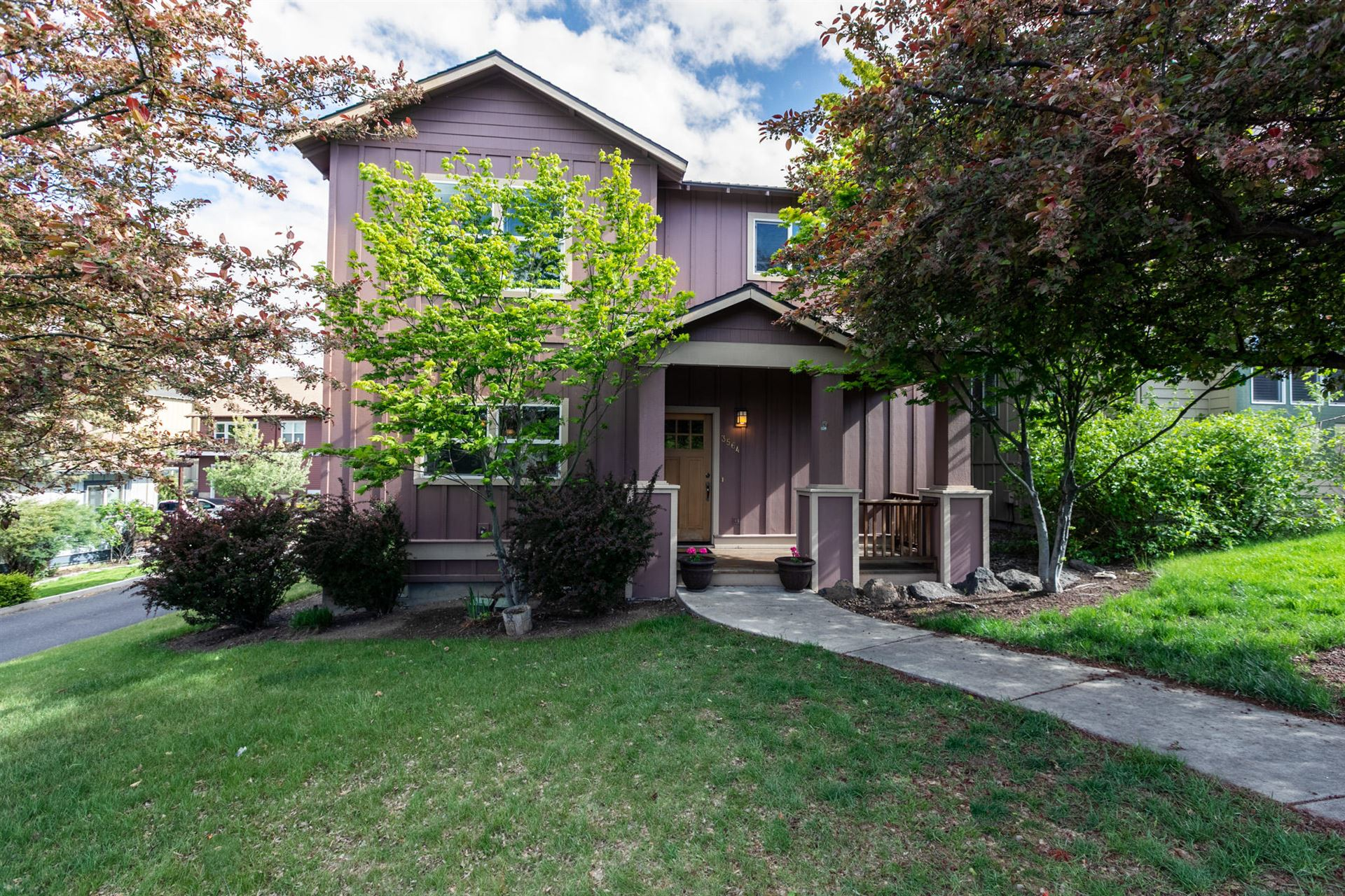 Photo of 3564 SW Salmon Avenue, Redmond, OR 97756 (MLS # 220101712)