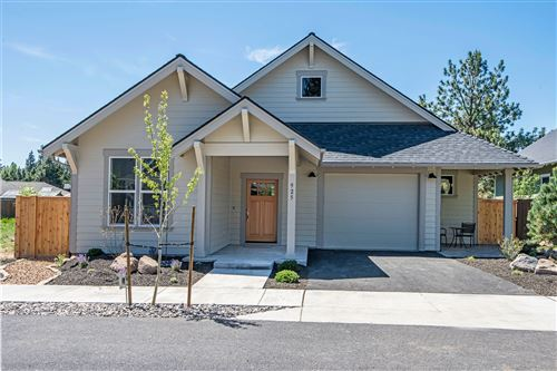 Photo of 925 E Horse Back Trail, Sisters, OR 97759 (MLS # 201907731)