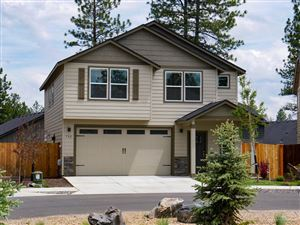 Photo of 732 N Roundhouse Court, Sisters, OR 97759 (MLS # 201906743)