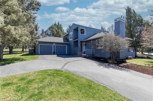Photo of 2112 Mountain Quail Drive, Redmond, OR 97756 (MLS # 220120748)