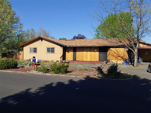Photo of 2366 NW 12th Street, Redmond, OR 97756 (MLS # 220122749)
