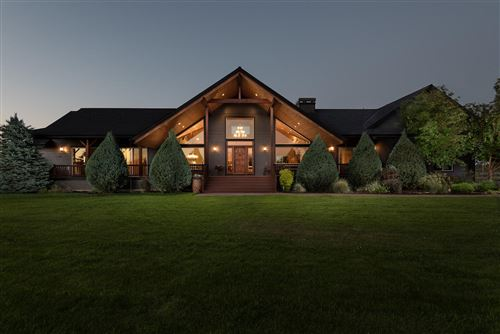 Photo of 68020 Cloverdale Road, Sisters, OR 97759 (MLS # 220126749)