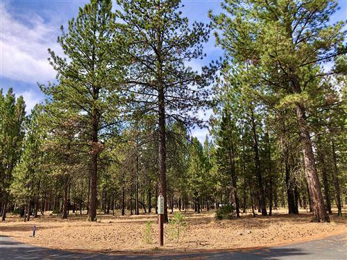 Photo of 14159 Whitewater Loop, La Pine, OR 97739 (MLS # 220109751)