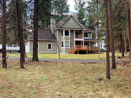 Photo of 16017 Cattle Drive Road, Sisters, OR 97759 (MLS # 220121761)