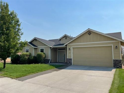 Photo of 380 NW 16th Place, Redmond, OR 97756 (MLS # 220128763)