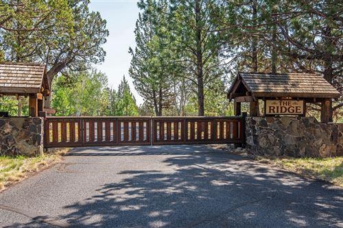Photo of 69950 Cowboy Jones Road, Sisters, OR 97759 (MLS # 220128772)
