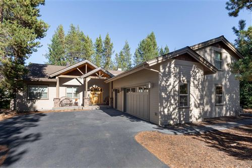 Photo of 57736 Filbert Lane Lane, Sunriver, OR 97707 (MLS # 220108773)