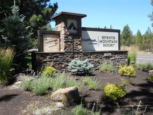Photo of 18575 SW Century Drive #1517-1518, Bend, OR 97702 (MLS # 220127779)