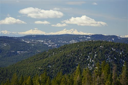 Photo of 16981 Opal Mountain Ranch Road, Madras, OR 97741 (MLS # 220109784)
