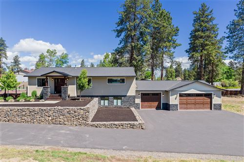 Photo of 61151 Parrell Road, Bend, OR 97702 (MLS # 220124791)