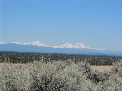 Photo of 656 SW Brasada Ranch Road, Powell Butte, OR 97753 (MLS # 220105795)