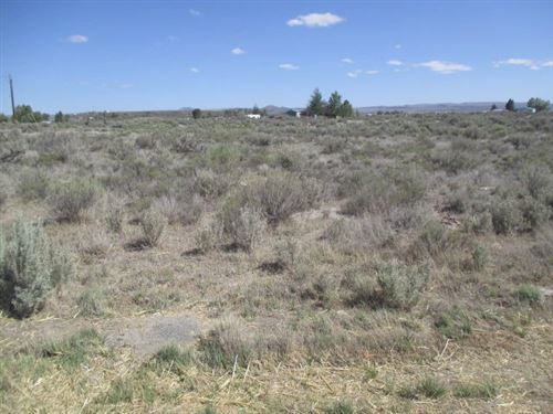 Photo of 2600 TL S Ivy [27S17E17-B0-02600] Road, Christmas Valley, OR 97641 (MLS # 220103826)