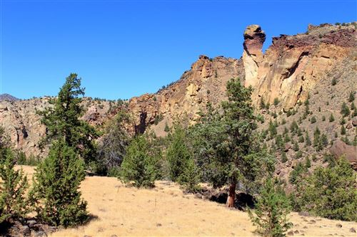Photo of 10100 NE Canyons Ranch Drive, Terrebonne, OR 97760 (MLS # 201909832)