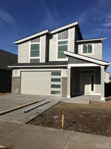 Photo of 3615 SW Coyote Lane, Redmond, OR 97756 (MLS # 220104832)