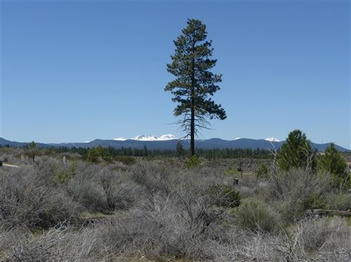 Photo of 19270 Christopher Court #Lot 150, Bend, OR 97702 (MLS # 202001838)
