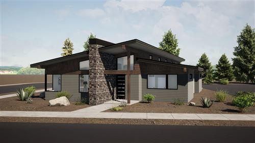 Photo of 490 E Diamond Peak Avenue, Sisters, OR 97759 (MLS # 220114840)