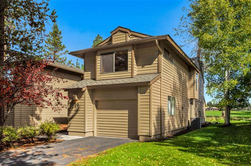 Photo of 17812 West Core Road #29, Sunriver, OR 97707 (MLS # 220132840)