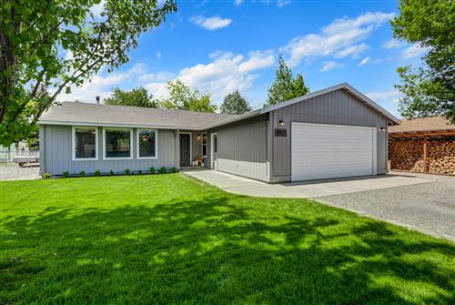Photo of 1957 SW 24th Street, Redmond, OR 97756 (MLS # 220101842)
