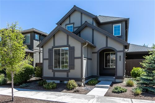 Photo of 3454 SW 28th Street, Redmond, OR 97756 (MLS # 220101844)