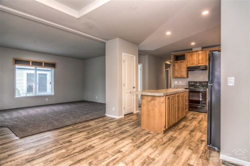 Photo of 517 NW 17th, Redmond, OR 97756 (MLS # 201910845)