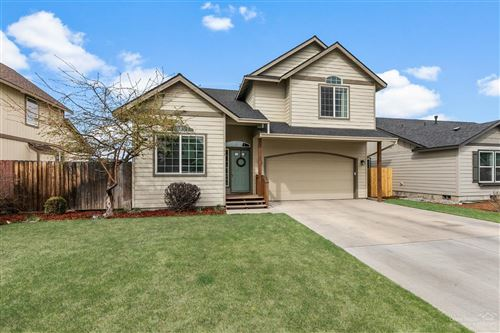 Photo of 1155 NW Redwood Place, Redmond, OR 97756 (MLS # 202002845)