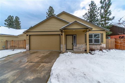 Photo of 1629 W Williamson Avenue, Sisters, OR 97759 (MLS # 201910849)