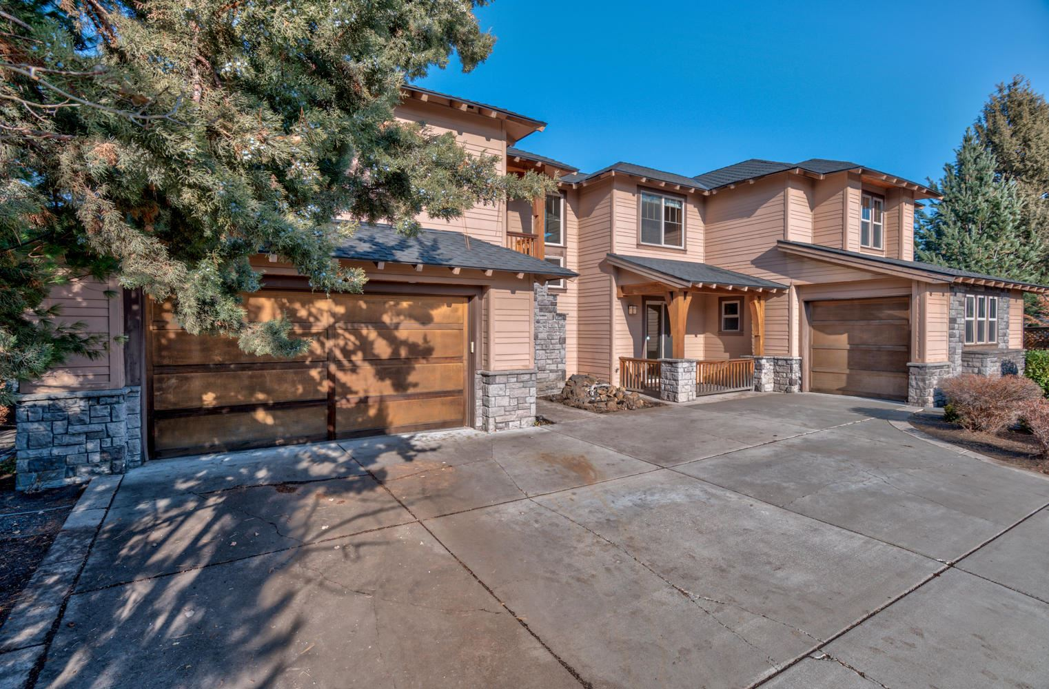 Photo of 19560 Hollygrape Street, Bend, OR 97702 (MLS # 220112849)