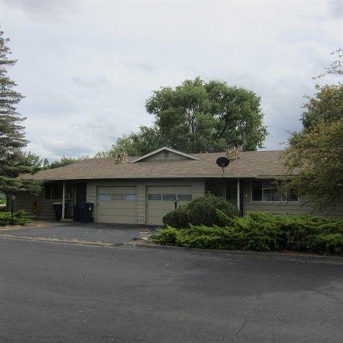 Photo of 1708-1714 SW Metotius Avenue, Redmond, OR 97756 (MLS # 220109850)