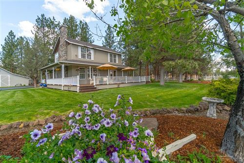 Photo of 16052 Foothill Lane, Sisters, OR 97759 (MLS # 201901856)