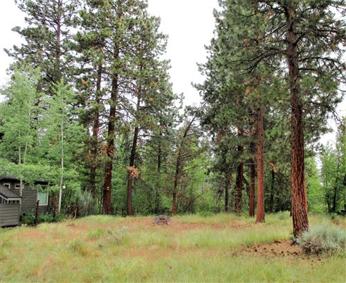 Photo of 1156 E Creekside Court, Sisters, OR 97759 (MLS # 220102859)