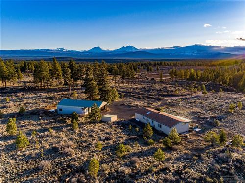 Photo of 70090 Hinkle Butte Drive, Sisters, OR 97759 (MLS # 201902860)