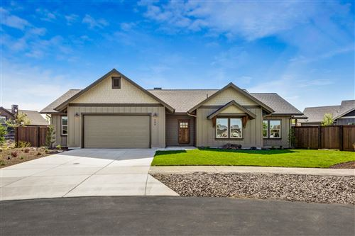 Photo of 180 NW Saddlehorn Court, Prineville, OR 97754 (MLS # 220100864)