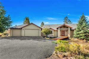 Photo of 17550 Mountain View Road, Sisters, OR 97759 (MLS # 201908866)