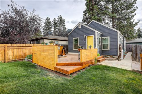 Photo of 425 SE Roosevelt Avenue, Bend, OR 97702 (MLS # 220109872)