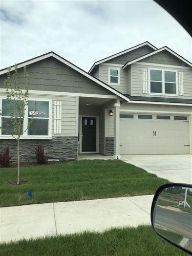 Photo of 2499 NW Hazelwood Avenue, Redmond, OR 97756 (MLS # 220103875)