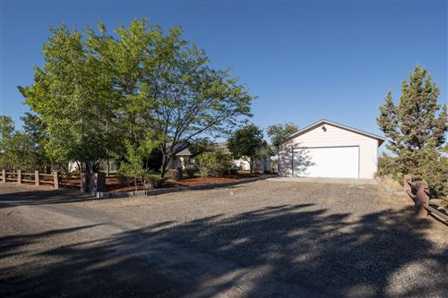 Photo of 3727 NW 38th Street, Redmond, OR 97756 (MLS # 220106875)