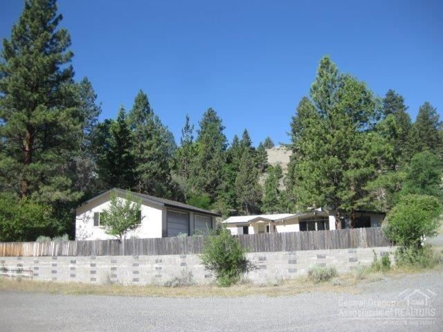 Photo for 205 NUGGET Street, Canyon City, OR 97820 (MLS # 201805875)