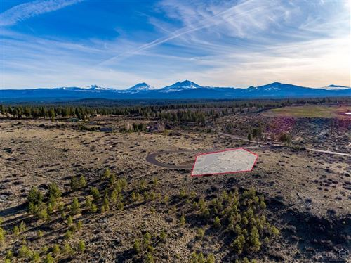 Photo of 16890 Jefferson Vista Place, Sisters, OR 97759 (MLS # 201902879)