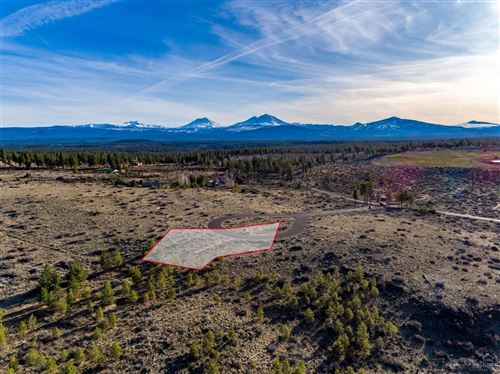 Photo of 16920 Jefferson Vista Place, Sisters, OR 97759 (MLS # 201902881)