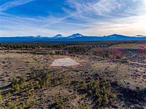 Photo of 16911 Jefferson Vista Place, Sisters, OR 97759 (MLS # 201902882)