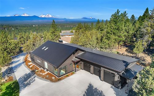 Photo of 2624 NW Sample Court, Bend, OR 97703 (MLS # 220108886)