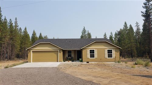 Photo of 54940 Huntington Rd, Bend, OR 97707 (MLS # 220125888)