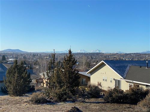 Photo of 294 NE Clearview Court, Madras, OR 97741 (MLS # 201910893)