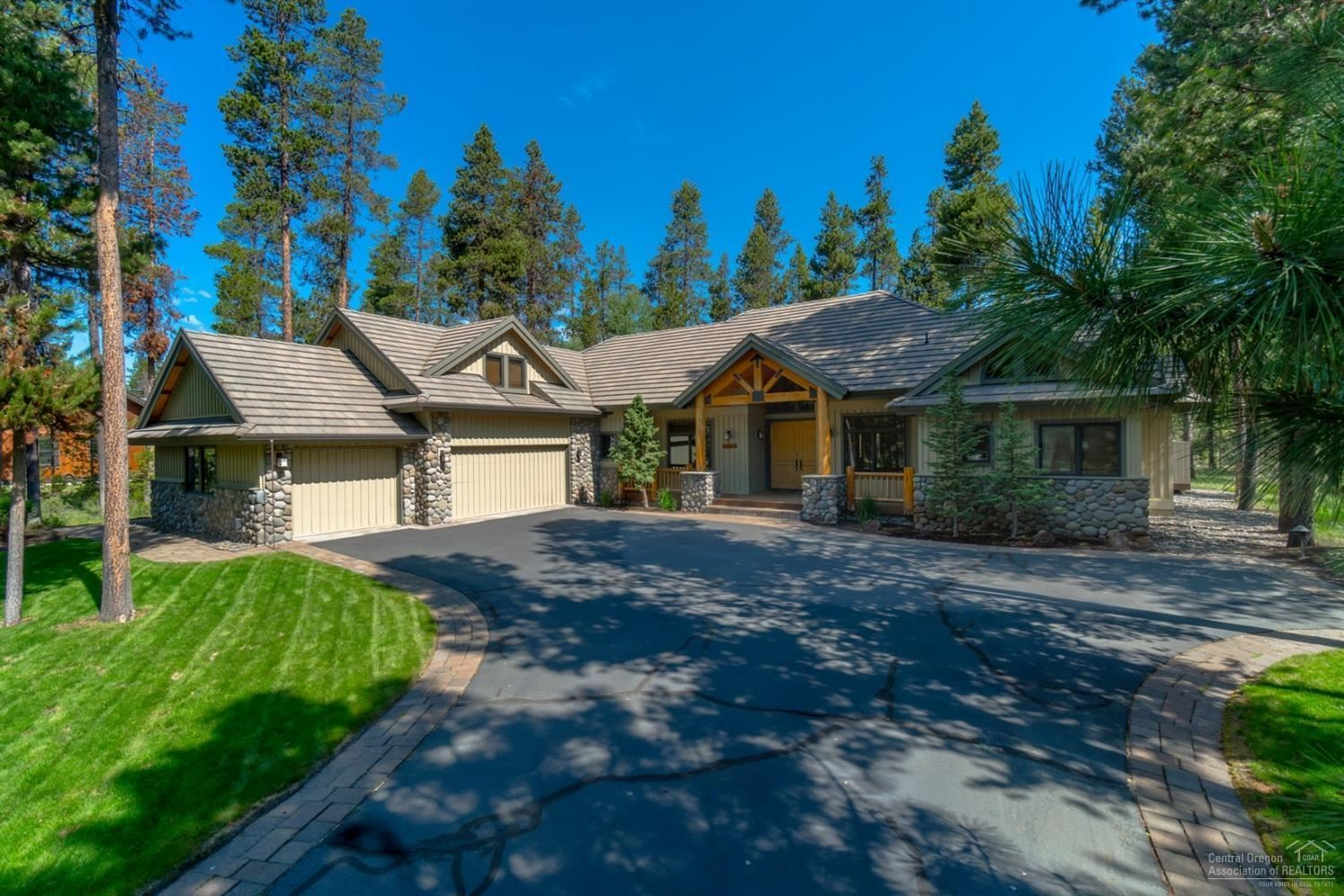 Photo for 56750 Nest Pine Drive, Bend, OR 97707 (MLS # 201808895)