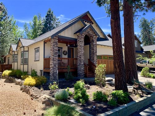 Photo of 420 S Timber Creek Drive, Sisters, OR 97759 (MLS # 220125897)