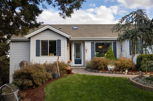 Photo of 922 Sacred Falls Drive, Redmond, OR 97756 (MLS # 220123899)